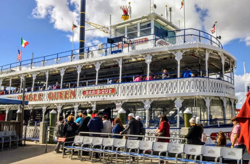 The Jungle Queen Riverboat embarking on a three-hour tour in the Venice of America on Florida's Gold Coast. | GoNOMAD Travel