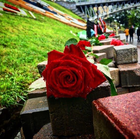 Memorial for those killed by snipers in Maidan Nezalezhnosti