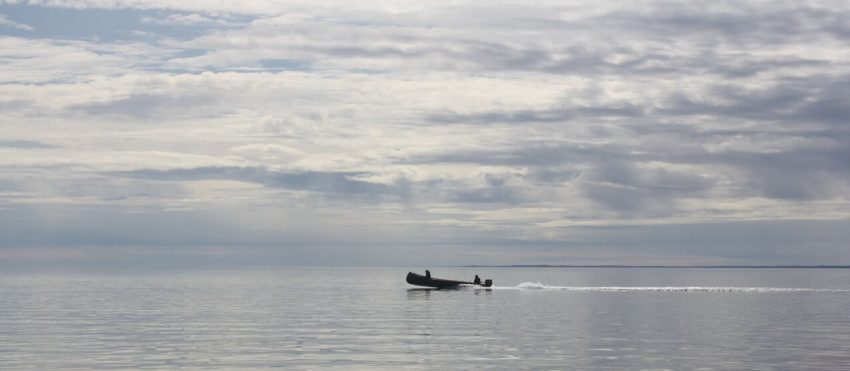 On Repulse Bay in Naujaat, Nunavut. Photo from Max Johnson. | GoNOMAD Travel