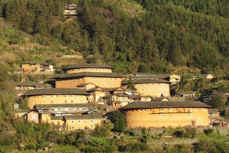 The spectacularly located Tianluokeng Snail Pit tulou cluster in the Hakkas.