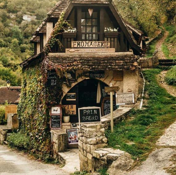 A little shop in Rocamadour, France. | GoNOMAD Travel