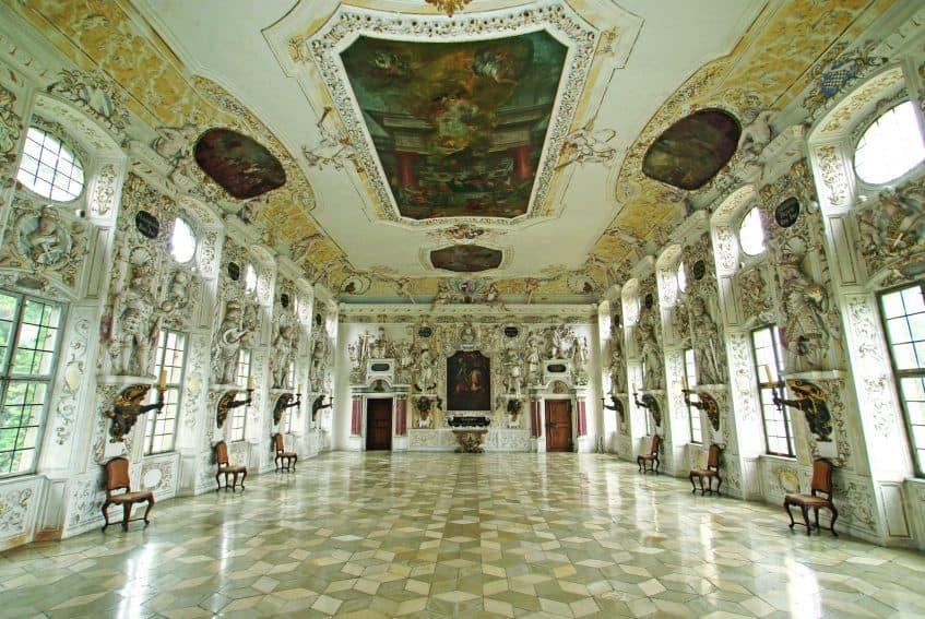 Salem Palace: the majestic Kaisersaal. Staatliche Schlösser und Gärten Baden-Württemberg | GoNOMAD Travel