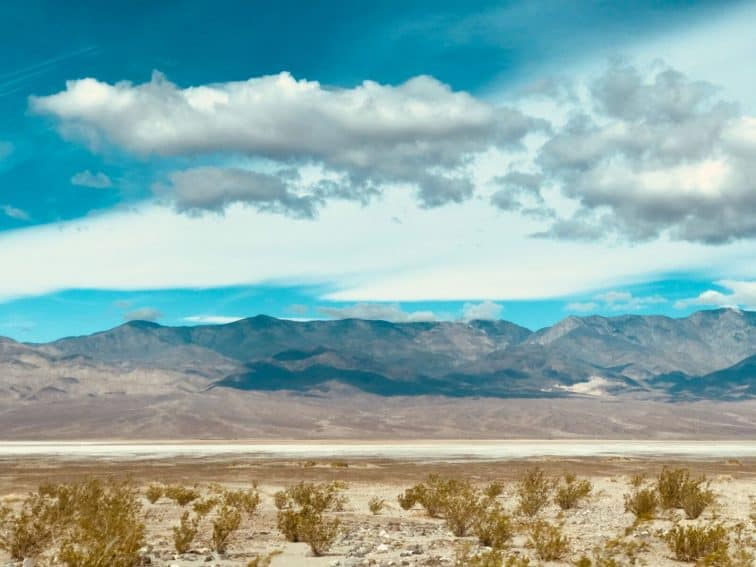 Experiencing moments of silence in the beautiful and brutal Mojave desert | GoNOMAD Travel