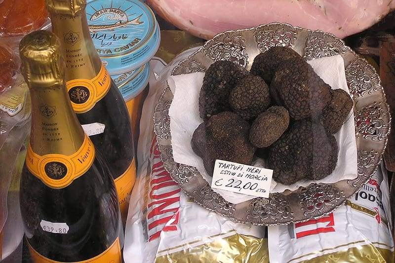 Black Summer Truffles in a Shop (Rome, Italy). Photo by Adrian Pingstone