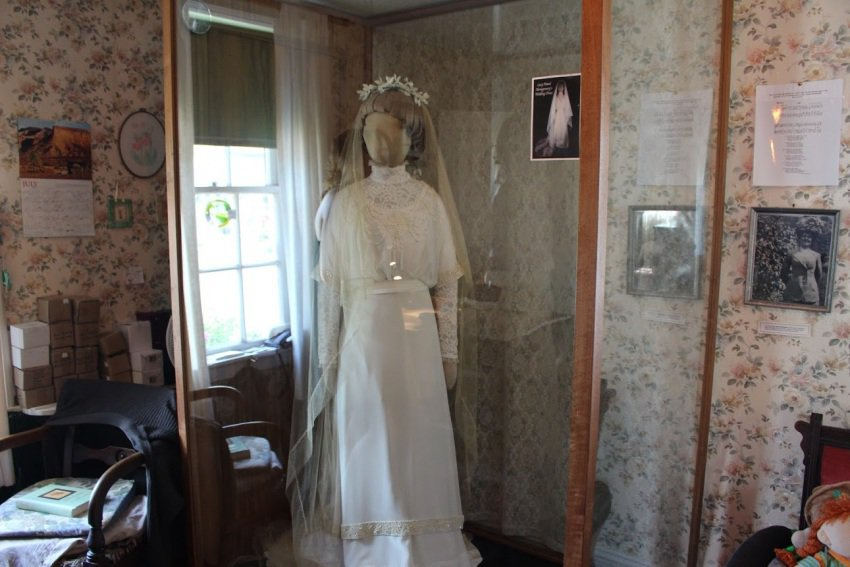 A replica of Maud's wedding dress from 1911.