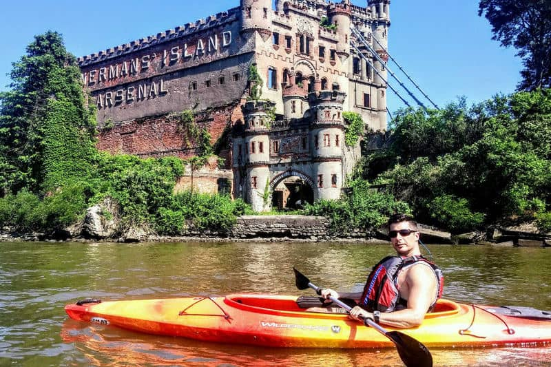 Steve gets a unique look at mysterious and historic Bannerman's Castle.