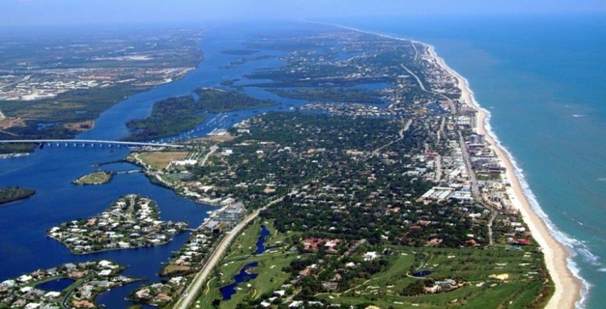 Aerial view of Vero Beach Florida. Verobeach.com photo. Vero Beach Hotels