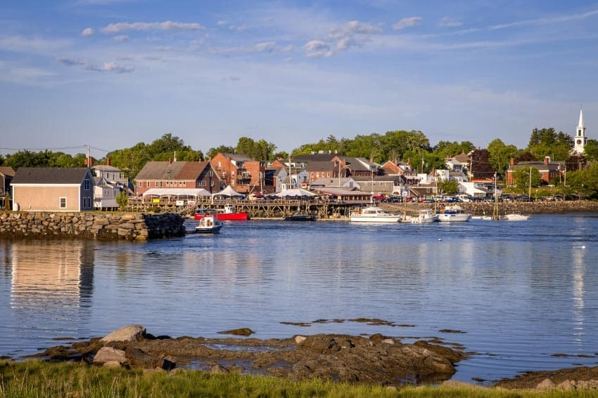 Damariscotta, Maine. Paul Shoul, GoNOMAD travel.