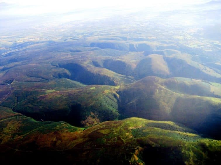 Gliding over the Long Mynd Valley in the Shropshire Hills, Shropshire England. Paul Davis photos.