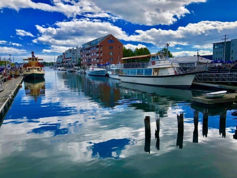 Portland is a seafaring city, with a working waterfront and many tourists who enjoy walking around the Old Port and taking lobster cruises from this wharf.