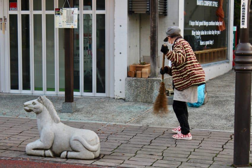 Narita sidewalk sweeper
