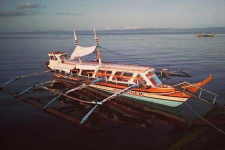 A fishing boat in Ticao, Philippines. Luke Henkel photos.