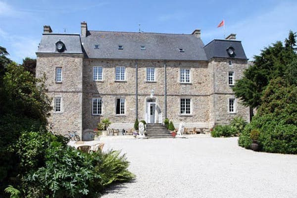 Living Like Royalty at Chateau le Val, Brix, Normandy
