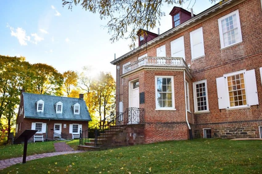 The Schuyler Mansion was originally built on 80 acres of land.