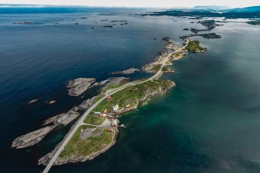 The Atlantic Road is only 5.2 miles long, and crosses eight bridges in this short span, linking together a series of small islands on the Norwegian coastline. ©Foto- Kjetil Rolseth
