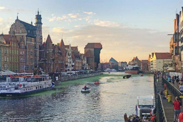 Twilight on the river - it doesn't get more iconic than this. Gdansk, Poland.