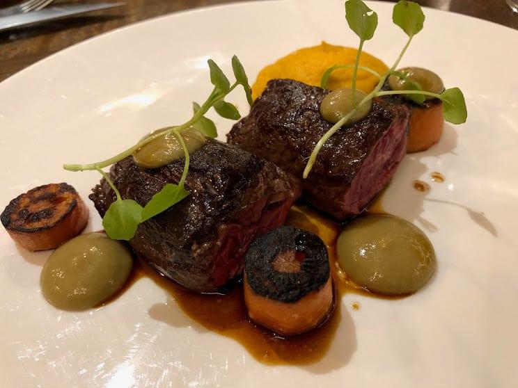 Angus steak at Le Bistrot du 11 in Versailles.