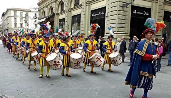 The-Easter-Parade-in-Florence.jpg