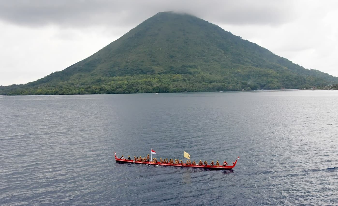 Indonesia cruising: Being welcomed on Banda Island, Indonesia. Tab Hauser photos.