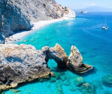 Skiathos, Greece: Bar and Beach Hopping