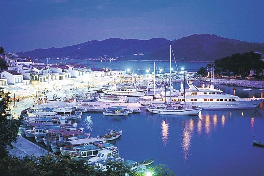 Skaithos Port at night