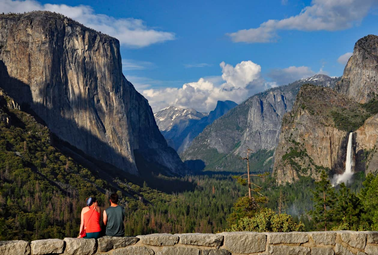 Tunnel View overlook inside Yosemite National Park.