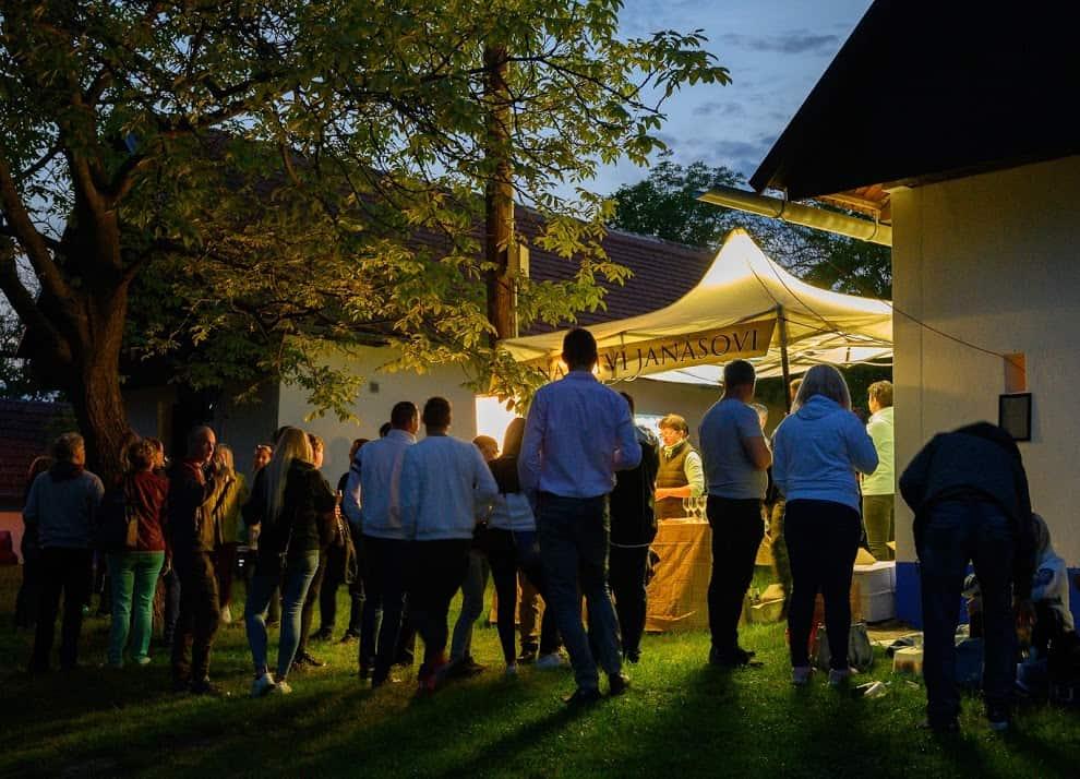 Festivities get under way Saturday night with food and drink in Vlčnov's wine cellar neighborhood.