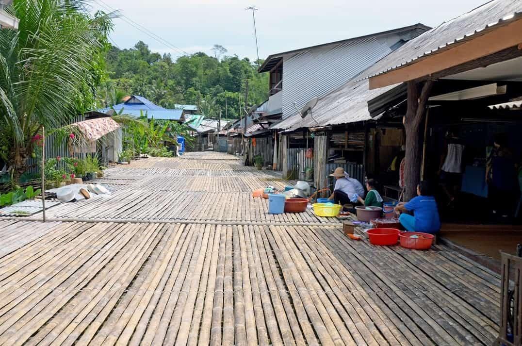 Kuching Sarawak: The Other Side of Malaysia