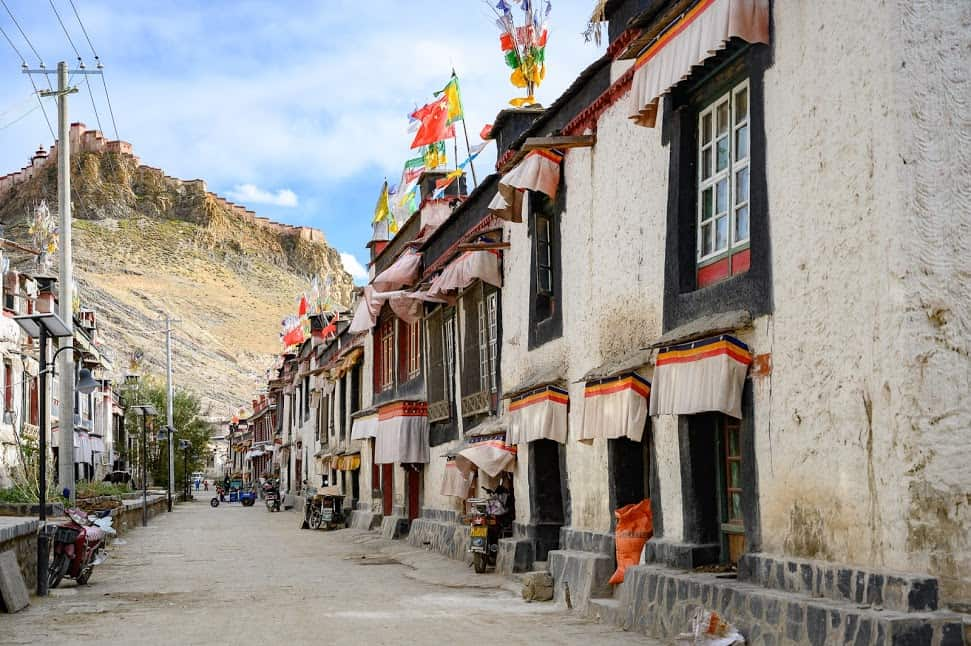 The town of Gyantse is located on a historic trade route between Tibet and India. More progressive cities have overshadowed Gyantse importance in the business world.