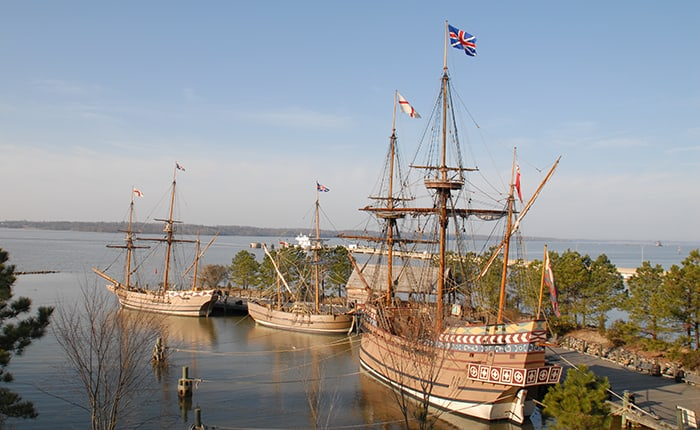 Susan Constant, Godspeed and Discovery. Replica ships in Jamestown that set sail from London in 1606.