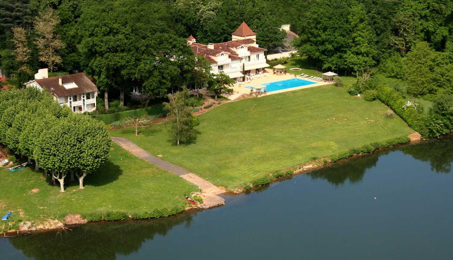 La Reserve Hotel Aerial
