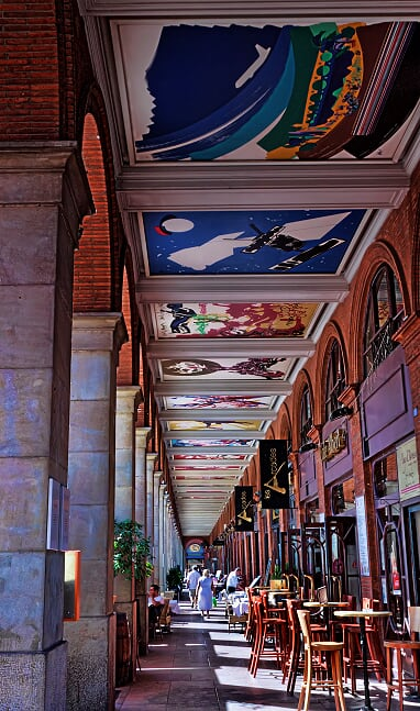 Paintings in Toulouse by the namesake painter, Henri Toulouse-Lautrec.