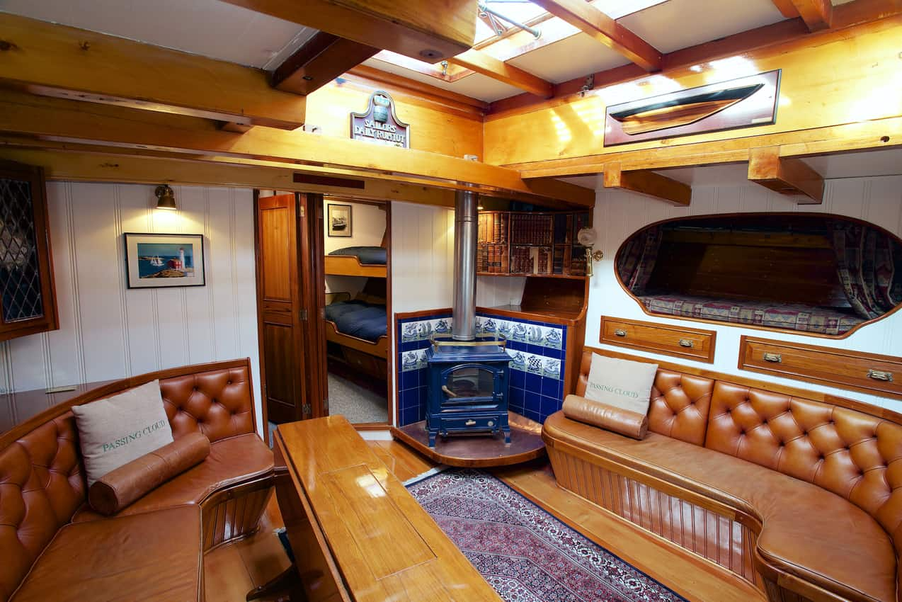 The common salon area aboard the Passing Cloud