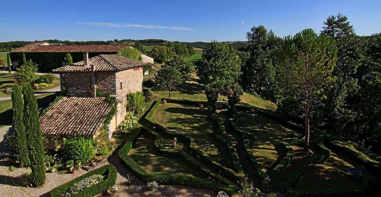 Rustic Le Club -a beautiful country house in Garidech
