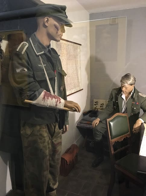 Models of German generals who held out in the bunker until the last days of World War II
