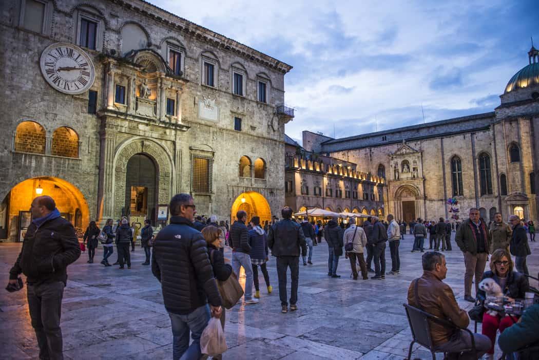 Ascoli Piceno: Piazza del Popolo Marina Pascucci photo.