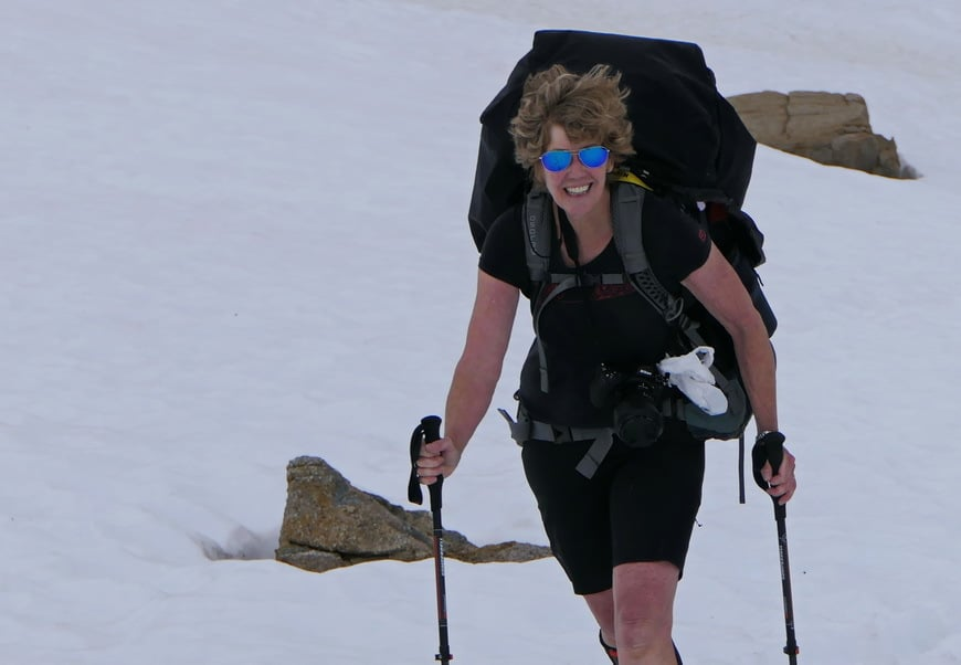 Leigh hiking the North Molar Pass.