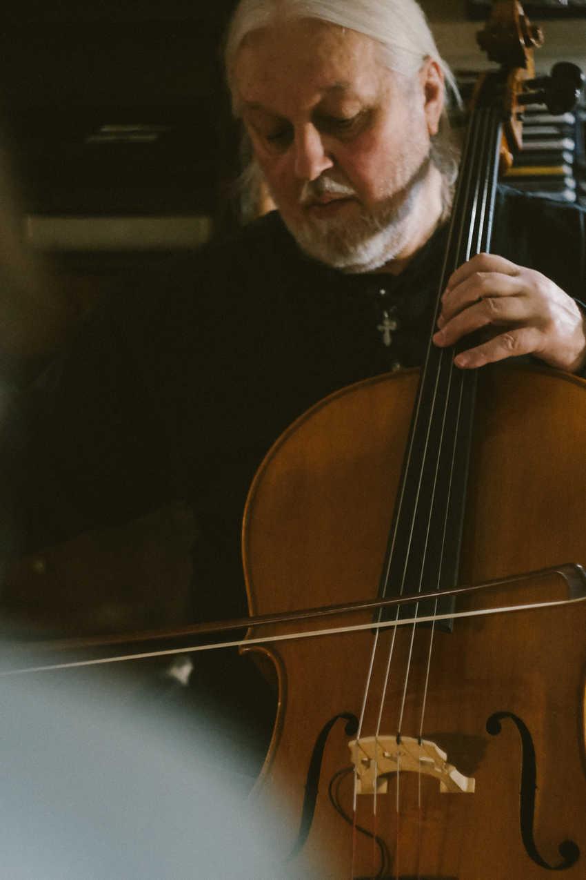 An impromptu apartment concert in Saint Petersburg at Seva's apartment.Seva Gakkel, the legendary cellist for Russia's #1 rock band, Aquarium.