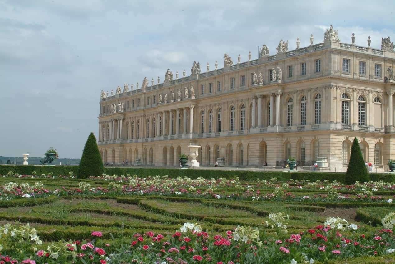 Southern side view of the Palace of Versailles. C. Milet photo.