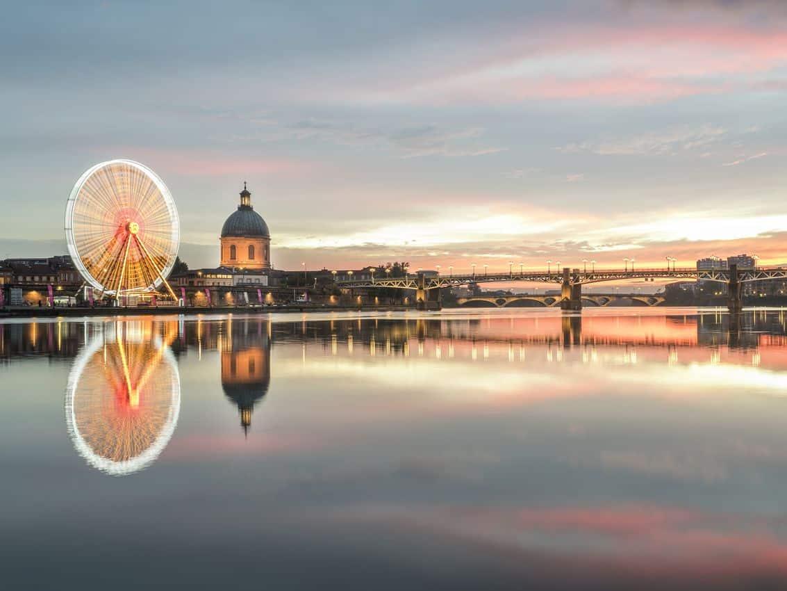 Twilight along the River Garonne, Toulouse. Jour de Nuit - Matthieu Krieger/Toulouse Tourism photo