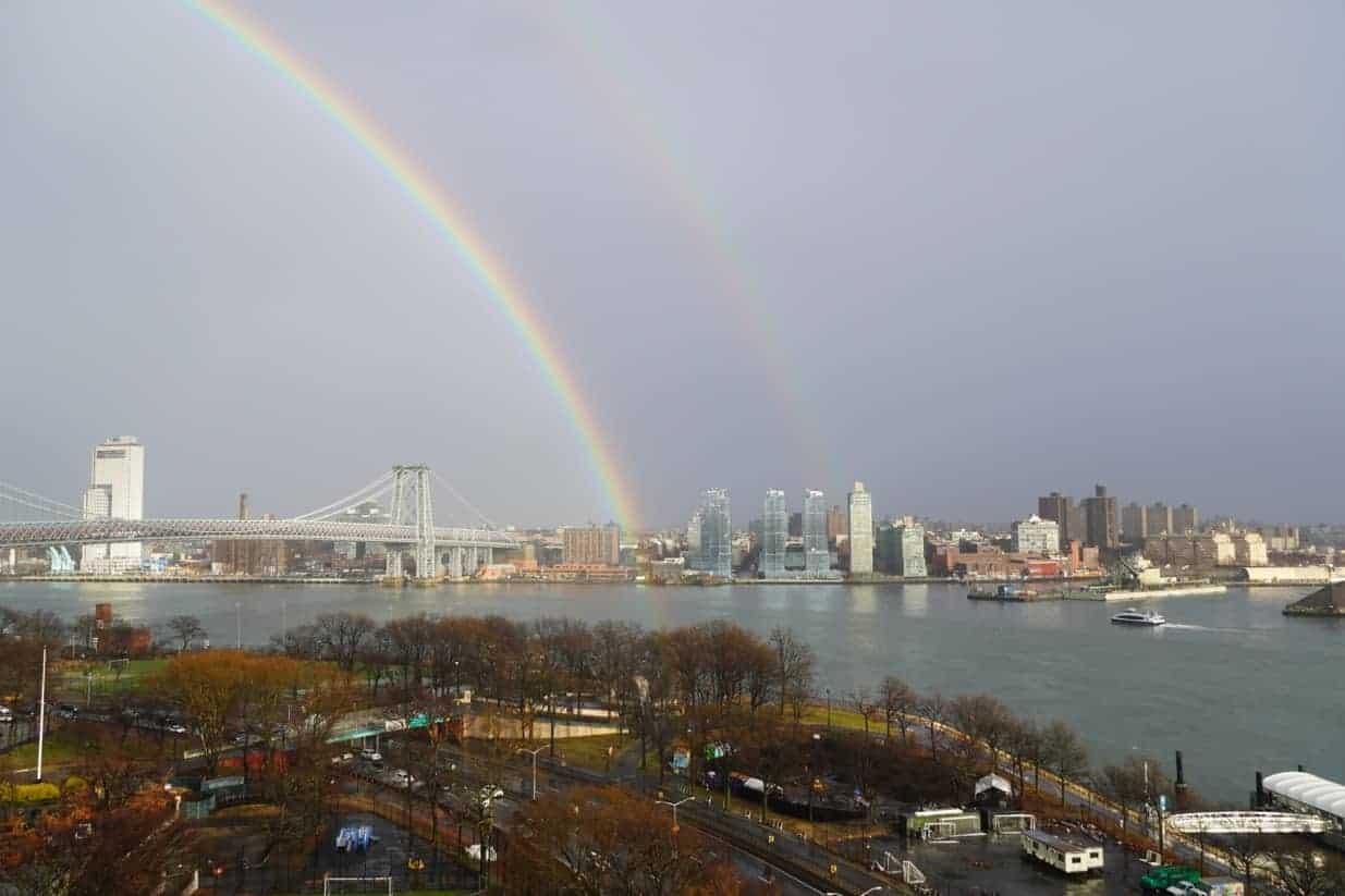 Bruce Northam's view in lower Manhattan. Skip Kaltenheuser photo.