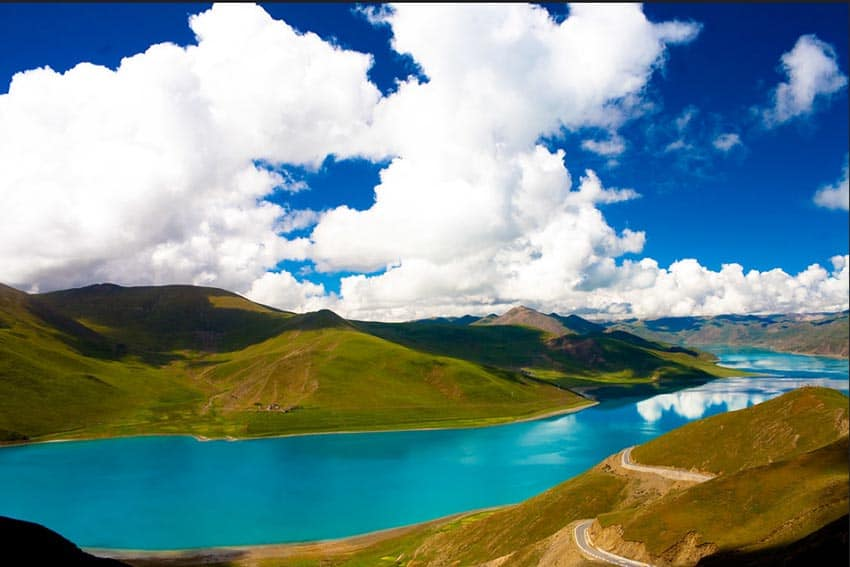Tibet Motorcycle Tour: Freedom on the Road 1