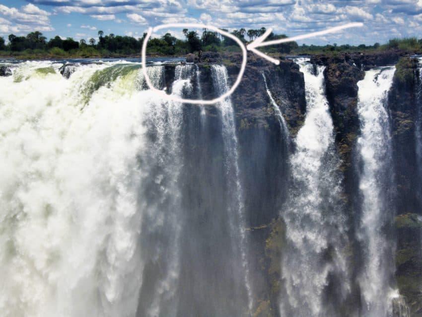 Victoria Falls: A Spectacular Sight 1