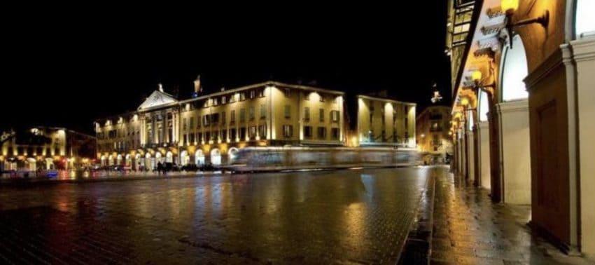 Nice, France at night. Hugues Lagarde photo.