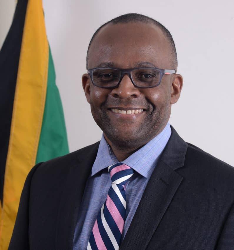 Jamaica DOT Donovan White
