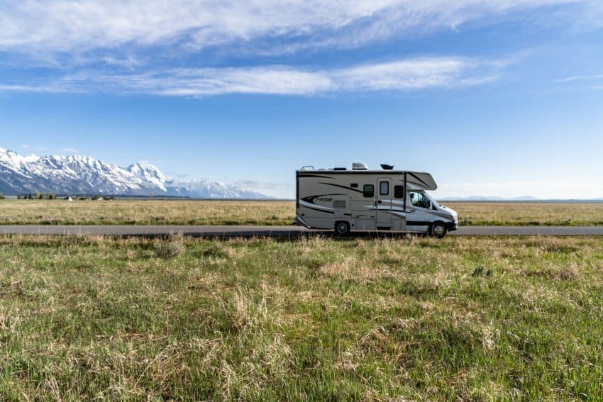 Renting an RV for Safe Summer Fun 2