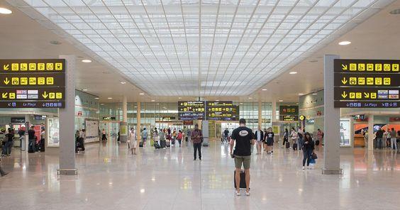 Eerily Quiet at Josep Tarradellas Barcelona – El Prat Airport