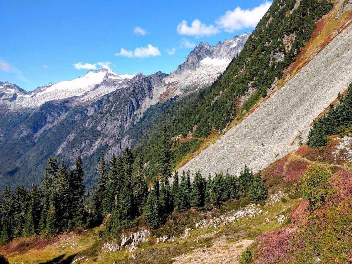 Cascade Pass Hiking back with views of Eldorado Peak