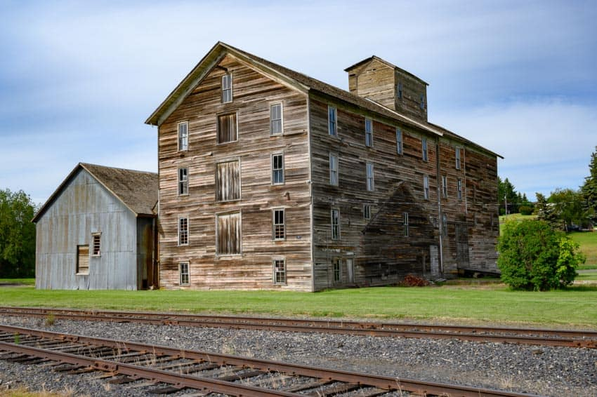 flour mill Oakesdale