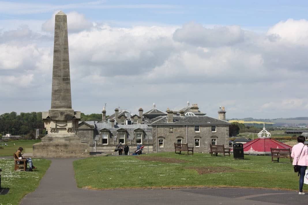 The Martyr's Monument, St. Andrews commemorating Scottish martyrs of the Protestant Reformation.